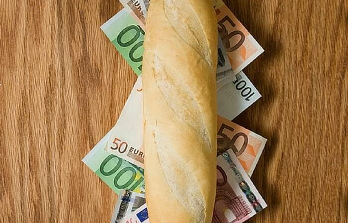 Currency Sandwich