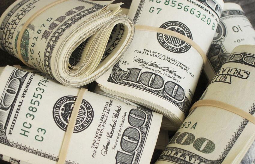 rolls of 100 dollar bills
